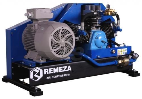 Pístový kompresor 11 kW. Sací tlak 6-10 barů.