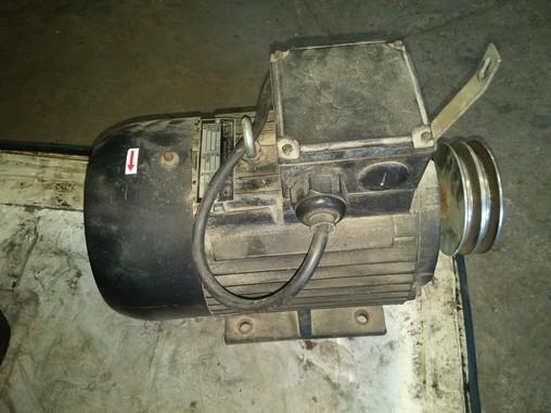 Motor KEM 5,5 kW - starší